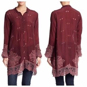 Johnny Was Burgundy Wynne Scalloped Hem Lace Tunic